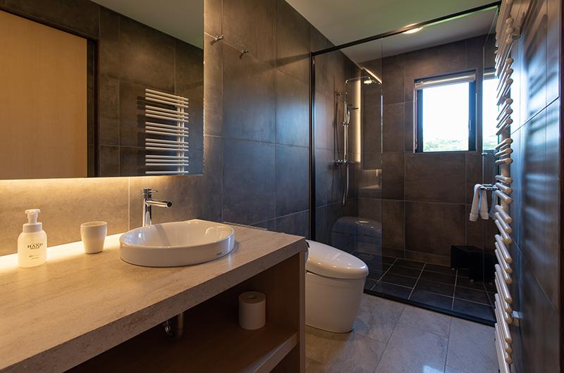 Kiraku Bathroom   Annupuri, Niseko