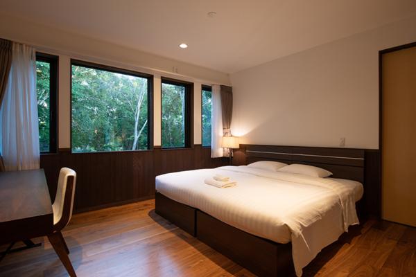 Kiraku Bedroom with Wooden Floor   Annupuri, Niseko