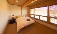 Mountain Ash Spacious Guest Bedroom | Annupuri, Niseko