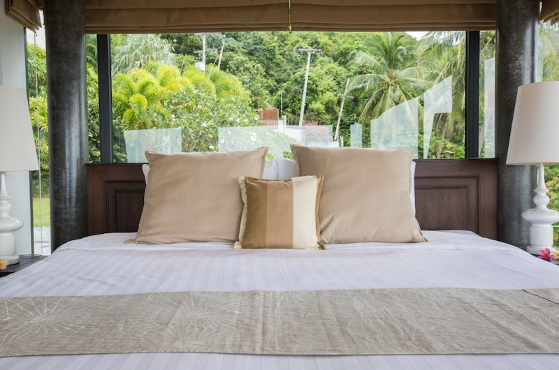 Baan View Talay Bedroom with Lamps | Nathon, Koh Samui