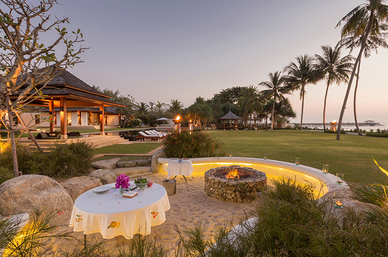 Villa Sundara Jivana Outdoor Dining   Natai, Phang Nga