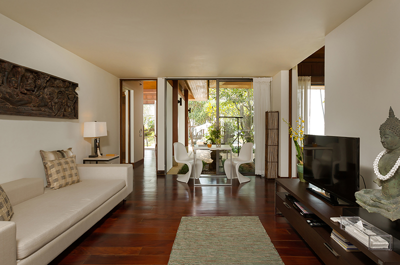 Villa Sundara Jivana Guest Bedroom with Dining Table | Natai, Phang Nga