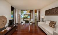 Villa Sundara Jivana Enclosed Dining Table | Natai, Phang Nga