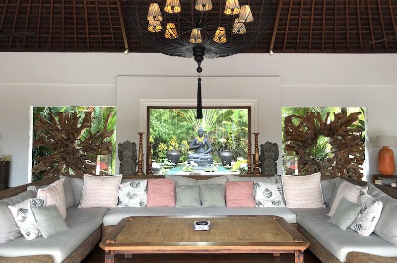 Villa Stay Villa Naty - Living Room | Umalas, Bali